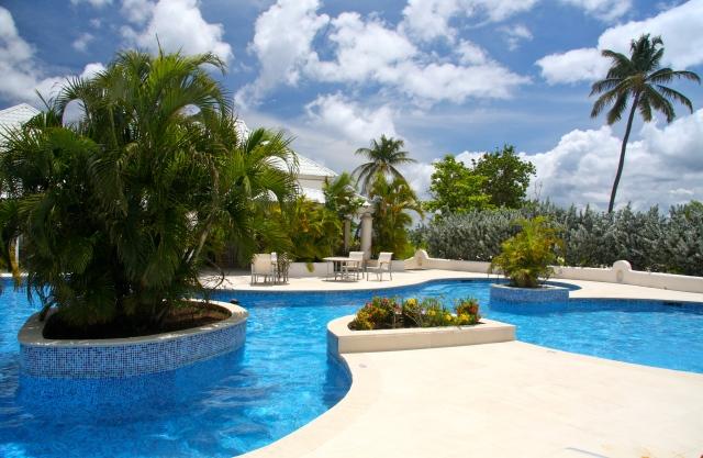 Pool, Spice Island