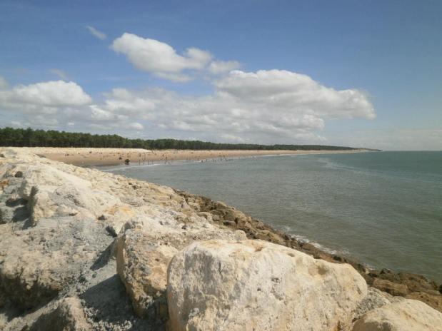La Palmyre beach