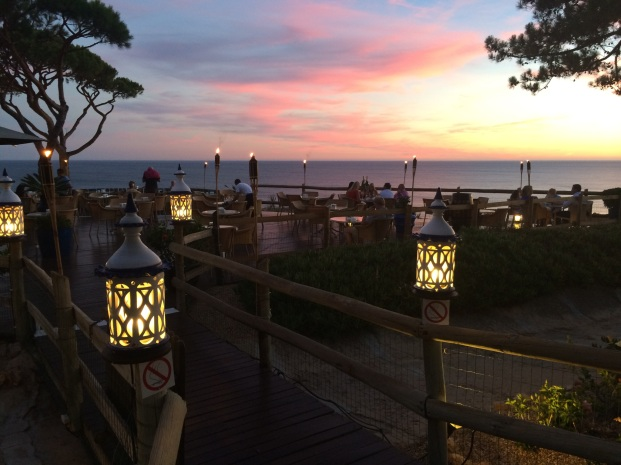 Mirador Bar, Pine Cliffs