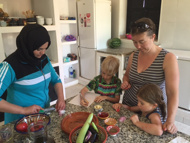 Cooking lesson with Bouchara, Fawakay Villas