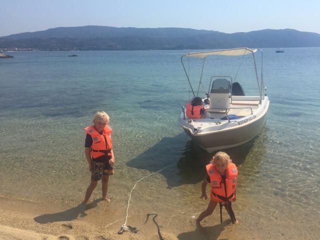 Boat trip to Drenia